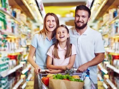 magazin alimentar / supermarket / piata